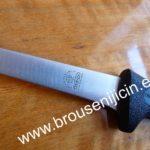 vykošťovací nůž s délkou čepele 15 cm