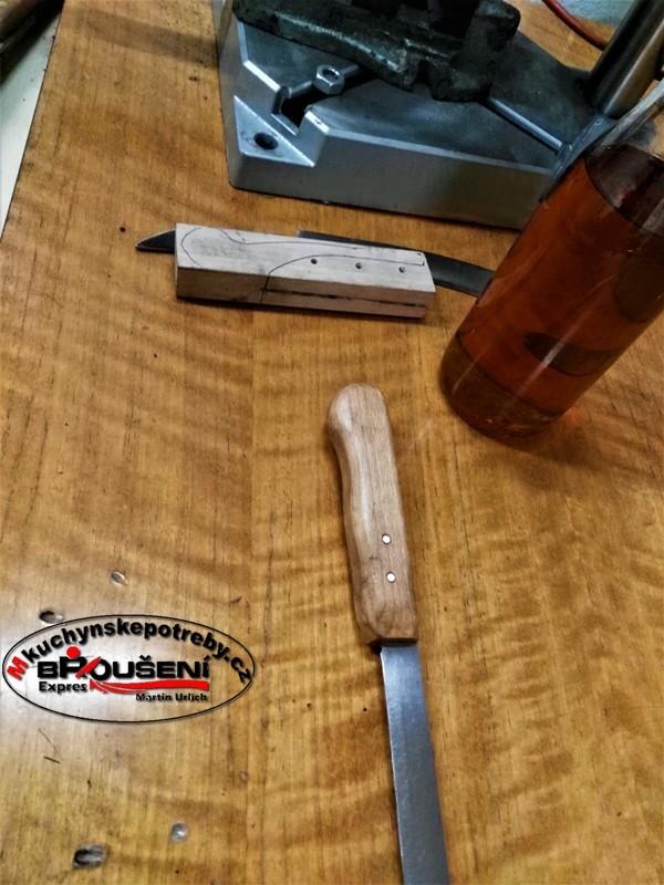 Výroba střenky starého dortového nože. 10