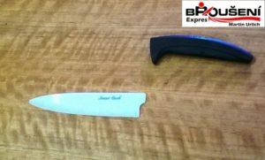 ulomená čepel nože